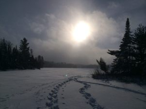 The North Shore area offers snowshoe tours in winter.