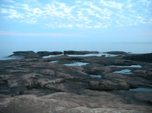 I spent my evening hiking on the lava at Artist's Point and taking photographs of the sunset.